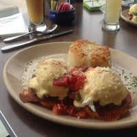 Photo taken at Snooze: An A.M. Eatery by Karen W. on 11/28/2012