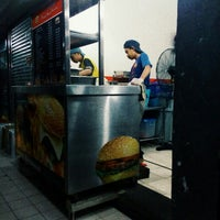 Photo taken at Asif burger by Naddy E. on 3/18/2016