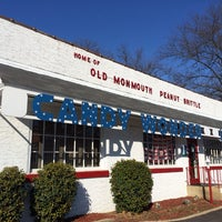 Photo taken at Old Monmouth Candies by Raul V. on 2/23/2014