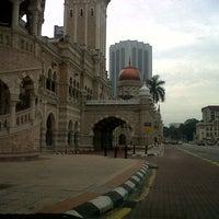 Photo taken at Bangunan Sultan Abdul Samad by Boy T. on 11/23/2012