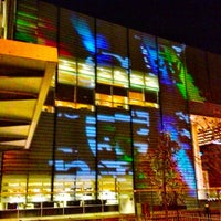 Photo taken at Bibliothèque et Archives nationales du Québec (Grande Bibliothèque) by Elijah Zu B. on 11/28/2012