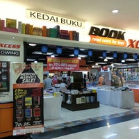 Photo taken at BookXcess by Lavanya W. on 7/25/2013