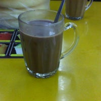 Photo taken at Restoran Osman by AAzhari S. on 12/27/2012