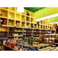 Photo taken at Annam Gourmet Market by Ku Zin on 12/22/2012