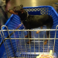 Photo taken at Global Pet Food Outlet by Dayana S. on 9/2/2014
