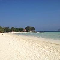 Photo taken at P. P. Erawan Palms Resort by Mirepazz on 12/26/2013