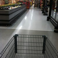Photo taken at Walmart Supercenter by Roger F. F. on 12/18/2012