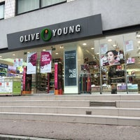 Photo taken at OLIVE YOUNG by Young Jun K.🎗 on 8/5/2014