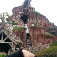 Photo taken at Splash Mountain by Benny S. on 1/1/2013