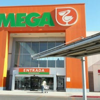 Photo taken at Mega Comercial Mexicana by Marcos Paulo G. on 6/28/2016