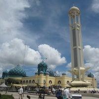 Photo taken at Masjid Agung Al Karomah Martapura by Noorulzaman A. on 1/21/2013