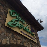 Photo taken at Olive Garden by Jay K. on 5/10/2014