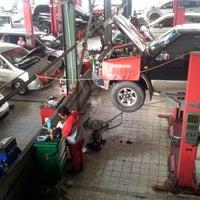 Photo taken at Nissan Arengka by Andi T. on 11/20/2012