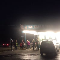 Photo taken at Ice Cream Time by Ben S. on 3/9/2016