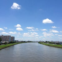 Photo taken at 飯塚橋 by ぱんだ on 6/27/2013