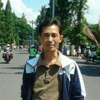 Photo taken at Simpang Dago Cikapayang by Irpan S. on 11/27/2011