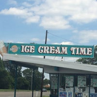 Photo taken at Ice Cream Time by Lauren H. on 7/6/2014