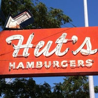 Photo taken at Hut's Hamburgers by Suzanne E. on 8/28/2013