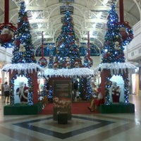 Photo taken at Partage Shopping by Maryanne D. on 12/4/2012