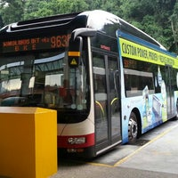 Photo taken at SMRT Buses: Bus 963 by 浩小仙人 on 3/11/2013
