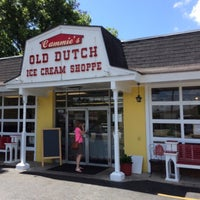 Photo taken at Cammie's Old Dutch Ice Cream Shoppe by Shan O. on 7/14/2015