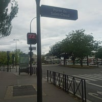 Photo taken at Arrêt Porte de Saint-Cloud [PC1,22,62,72,175,N12,N61] by GARY on 9/17/2016