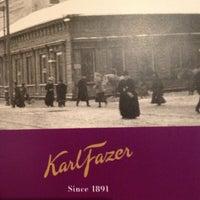 Photo taken at Karl Fazer Café by Jéré P. on 12/4/2012