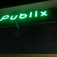 Photo taken at Publix by Cláudio K. on 1/20/2013