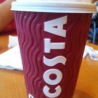 Photo taken at Costa Coffee by Ryan Rey V. on 9/28/2013