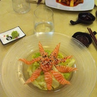 Photo taken at Hong Ye Wok Sushi by Enrica G. on 5/20/2013