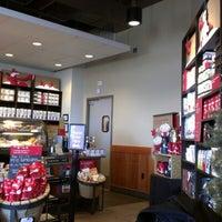 Photo taken at Starbucks by Gabe G. on 12/22/2012