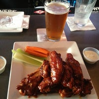 Photo taken at Dark Horse Tap & Grille by Dwight P. on 5/22/2013