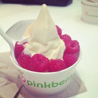 Photo taken at Pinkberry by Mariam A. on 9/6/2012