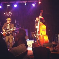 Photo taken at Ironwood Stage and Grill by Justine B. on 6/18/2013