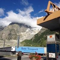 Das Foto wurde bei Traforo Monte Bianco [T1] - Piazzale Sud von Jamba t. am 8/10/2016 aufgenommen