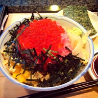 Photo taken at 寿司文 by Makoto N. on 8/14/2014