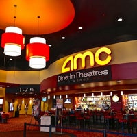 Photo taken at AMC Dine-in Theatres Esplanade 14 by Phoenix New Times on 7/29/2013