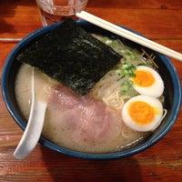 Photo taken at 久留米らーめん 鐵釜 六本木ヒルズ店 by mura 0. on 11/28/2013