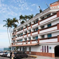 Photo taken at Hotel Rosita by CARLOS G. on 3/28/2013