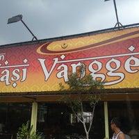 Photo taken at Restoran Vanggey by Yuza A. on 3/24/2013