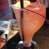 Photo taken at Red Robin Gourmet Burgers by totsrocks on 7/20/2013