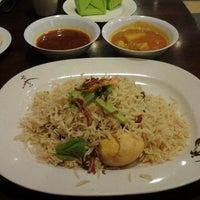 Photo taken at Restoran Ruz Aladdin by Azlan O. on 6/16/2012