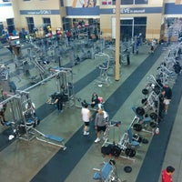 Photo taken at 24 Hour Fitness by Pablo L. on 2/1/2014