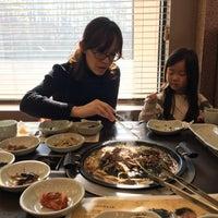 Photo taken at 명가원 한정식 by 성호 sungho 허. on 2/1/2016