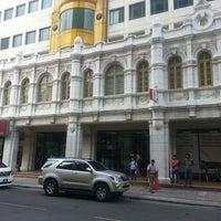 Photo taken at Jalan Hang Lekiu by !!!NiZaM® on 2/6/2014