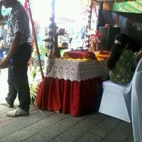 Photo taken at Rumah Pintar Pemkot Denpasar by Eka B. on 5/3/2013