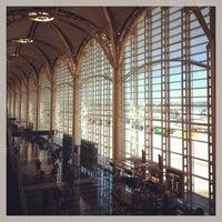 Photo taken at Ronald Reagan Washington National Airport (DCA) by David S. on 5/3/2013