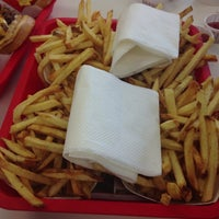 Photo taken at In-N-Out Burger by Suzanne M. on 7/27/2013
