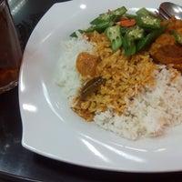 Photo taken at Restoran Sinar Selera by mynameIS on 7/15/2016