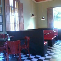 Photo taken at Eddie Fine Burgers by Andressa M. on 7/26/2013